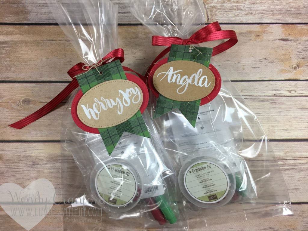 Fun christmas gifts for my Stampin UP! team members. Get the details at luvinstampin.com