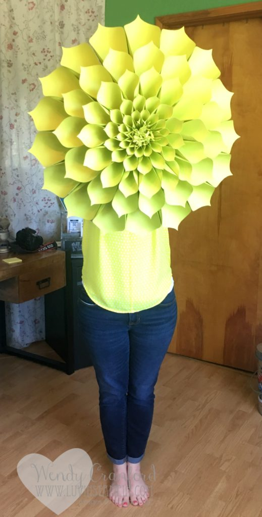 How to create giant flowers using the new in colors from Stampin' UP!