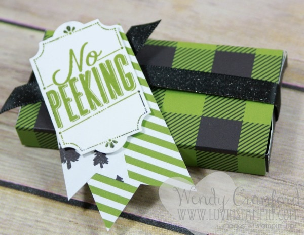 DIY Christmas gift box using the Simply Scored tool from Stampin' UP! Wendy Cranford www.luvinstampin.com
