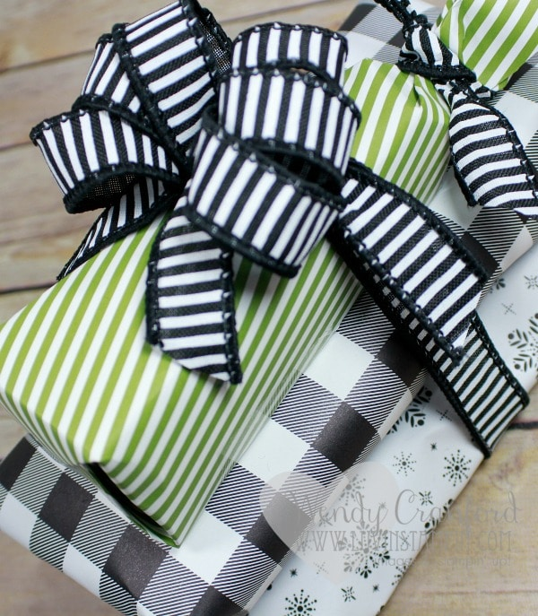 Simple gift wrapping using designer series paper from Stampin' UP! Wendy Cranford www.luvinstampin.com