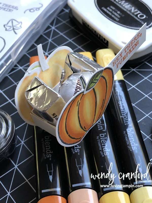 Luvin' Stampin' Tiny pumpkin treat #luvinstampin #cardmaking