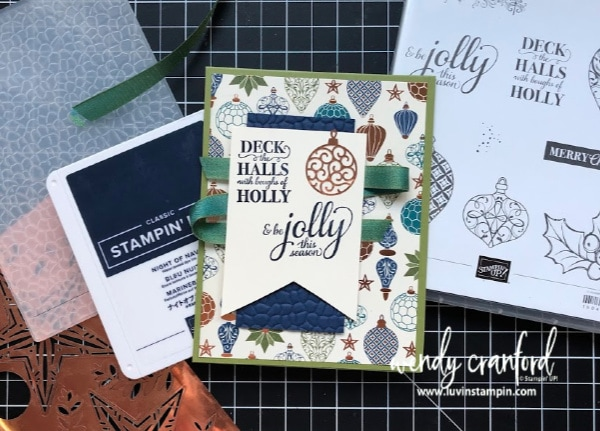 Stampin' UP! OnStage swap card featuring Christmas Gleaming stamp set and Brightly Gleaming Designer Series Paper. #christmascard #onstage2019 #luvinstampin #stampinup
