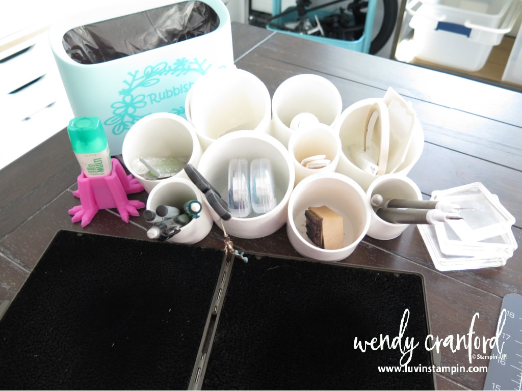 Organize with me in my craft room