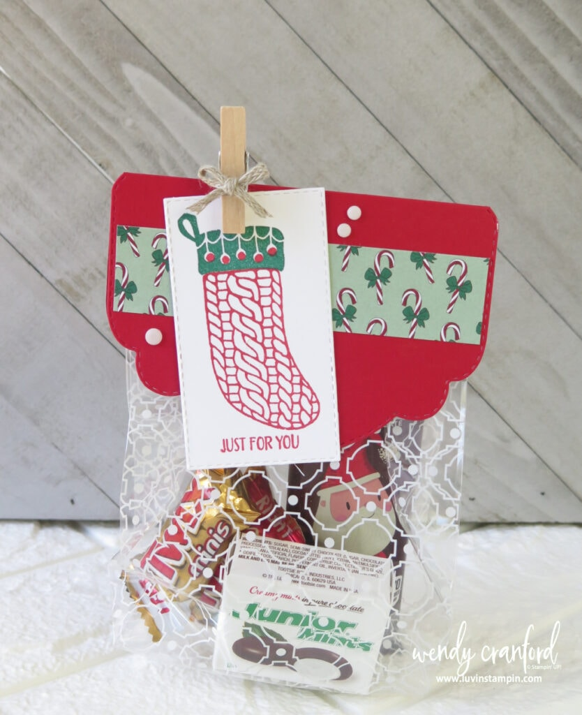 Christmas Gift Bag Topper perfect for giving small goodies.